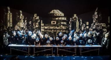 """Scena iš operos """"Pikų dama"""", režisierė Dalia Ibelhauptaitė. Dmitrijaus Matvejevo nuotrauka"""