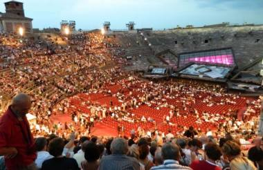 """Giuseppe Verdi """"Traviata"""", Veronos amfiteatras, 2013. Rimos Jūraitės nuotrauka"""