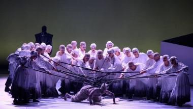 """Scena iš Giedriaus Kuprevičiaus operos """"Prūsai"""", režisierius Gediminas Šeduikis. Martyno Aleksos nuotrauka"""