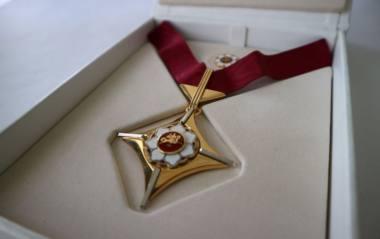"""Apdovanojimas """"Auksinis scenos kryžius"""". Nuotrauka iš LR Kultūros ministerijos archyvo"""