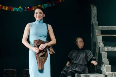 """Scena iš spektaklio """"Marti"""", režisierė Gabrielė Tuminaitė. Lauros Vansevičienės nuotrauka"""