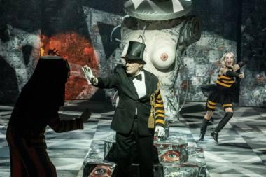 """Scena iš spektaklio """"Didysis kelias"""", režisierius Jonas Vaitkus. Dmitrijaus Matvejevo nuotrauka"""