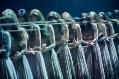 """Akimirka iš baleto """"Žizel"""", choreografas Akramas Khanas. Nuotrauka iš NBŠ archyvo"""