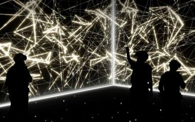 "Hiperrealybės operos ""Current, Rising"" vizualizacija. (www.roh.org.uk)"