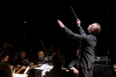 """Operos """"Pulko duktė"""" premjerą rengia muzikos vadovas ir dirigentas Martynas Staškus. Nuotrauka iš KVMT archyvo"""