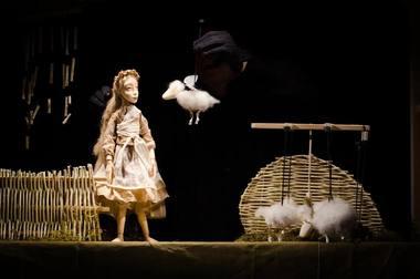 """Lėlių vaidinimas """"Alesiutė"""". Laimos Kaupienės nuotrauka"""