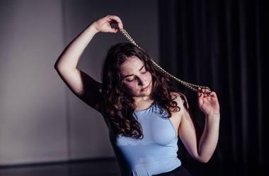 """Liza Baliasnaja šoka """"Residual"""". Rengėjų nuotrauka"""