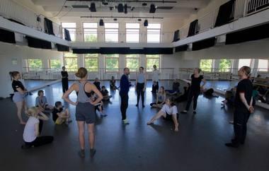 TOOLS šokio profesionalams tarnauja kaip platforma, skatinanti profesinį tobulėjimą. Vilijos Bartašiūtės nuotrauka