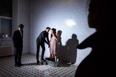 """Scena iš spektaklio """"Eglė žalčių karalienė"""". Lauros Vansevičienės nuotrauka"""