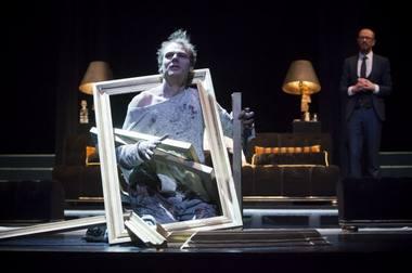 """Scena iš spektaklio """"Fjorenca"""". Donato Stankevičiaus nuotrauka"""