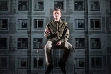 """Scena iš spektaklio """"Žalia pievelė"""". Dmitrijaus Matvejevo nuotrauka"""