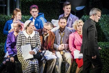 """Scena iš spektaklio """"Tartiufas"""". Dmitrijaus Matvejevo nuotrauka"""