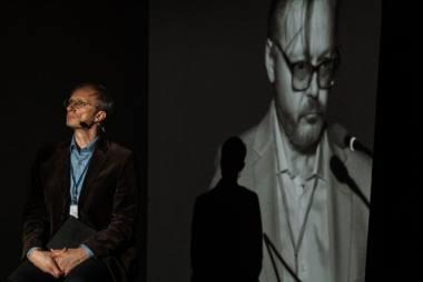 """Scena iš spektaklio """"Irano konferencija"""", režisierius Artiomas Rybakovas. Gabrieliaus Jauniškio nuotrauka"""