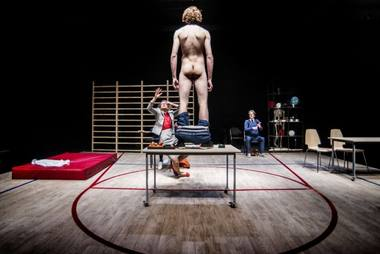 """""""Kankinys"""": """"naujos teatro kalbos erzacai. Dmitrijaus Matvejevo nuotrauka"""