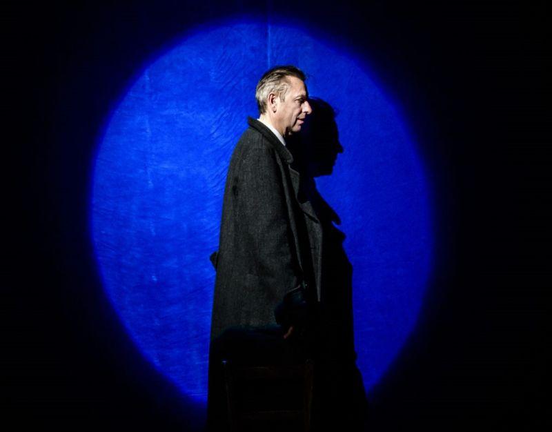 """Scena iš spektaklio """"Fikcijos"""", režisierius Adomas Juška. Lauros Vansevičienės nuotrauka"""