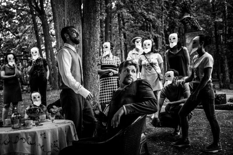 """Akimirka iš spektaklio """"Dėdė Vania"""", režisierius Tadas Montrimas. Lauros Vansevičienės nuotrauka"""