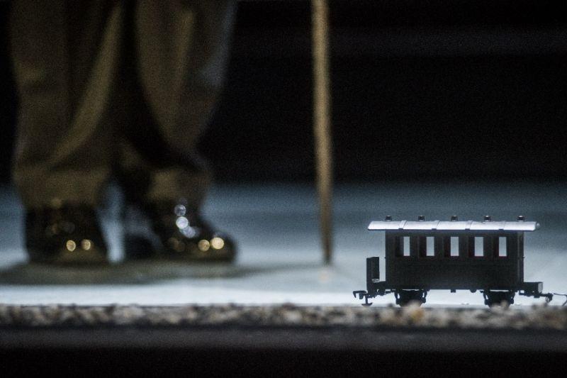 """Scena iš spektaklio """"Junas Gabrielis Borkmanas"""". Dmitrijaus Matvejevo nuotrauka"""