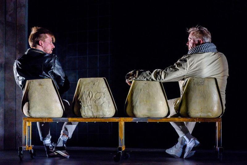 Jonas Baranauskas (Poetas) ir Darius Meškauskas (Bitininkas). Algirdo Kubaičio nuotrauka