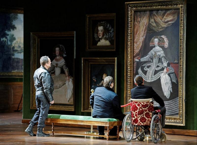 """Scenoje - šiuolaikiniai veikėjai """"Prado"""" muziejuje. Martyno Aleksos (LNOBT) nuotrauka"""