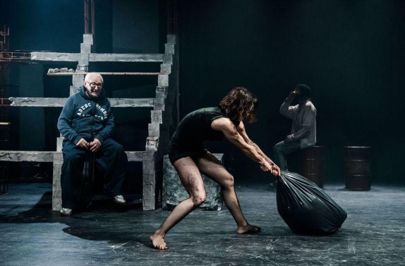 """Scena iš spektaklio """"Marti"""". Lauros Vansevičienės nuotrauka"""