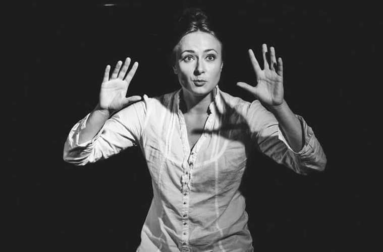 """Kristina Švenčionytė spektaklyje """"Aš, Fojerbach"""". Julijos Kulevičiūtės nuotrauka"""
