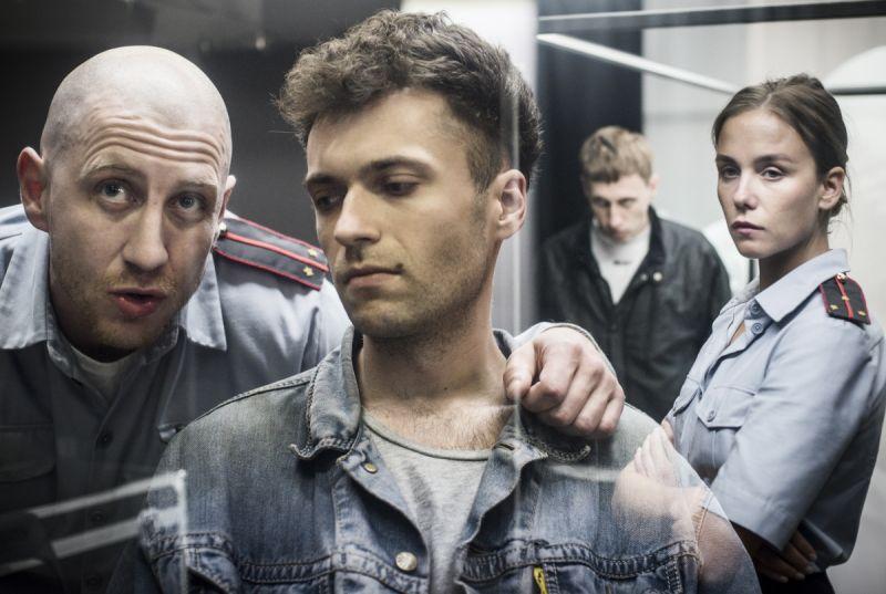 """Scena iš spektaklio """"Žmogus iš Podolsko"""", režisierius Oskaras Koršunovas. Dmitrijaus Matvejevo nuotrauka"""