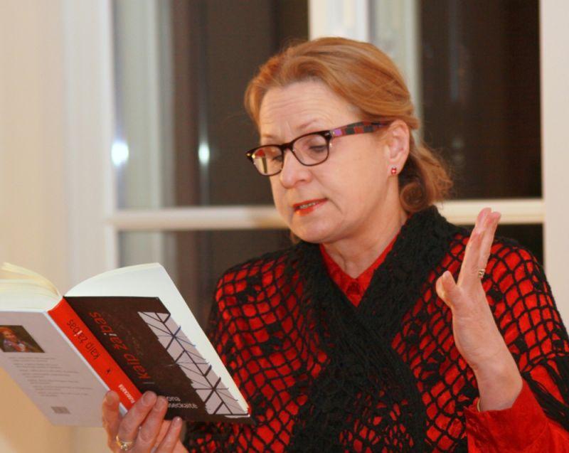 Vilija Grigaitytė Maironio muziejaus vakare. Nuotrauka iš maironiomuziejus.lt