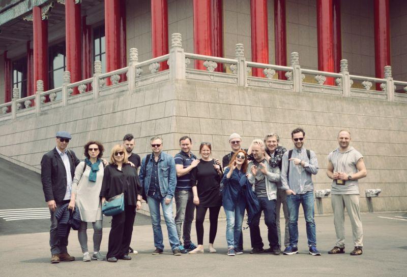 """""""Hamleto"""" aktoriai Taipėjuje. OKT archyvo nuotrauka"""