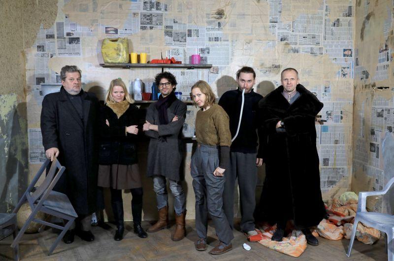Spektaklio kūrybinė komanda. Rengėjų archyvo nuotrauka