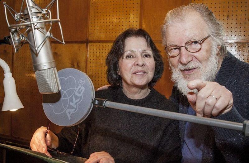 Eglė Gabrėnaitė ir Juozas Budraitis radijo serialo įraše. Pauliaus Lileikio (lrt.lt) nuotrauka