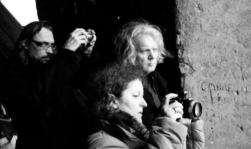 """""""Katedros"""" kūrėjai prieš spektaklį lankė Katedros varpinę. Tomo Ivanausko nuotrauka"""