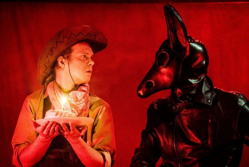 """Gediminas Rimeika """"Lėlės"""" teatro spektaklyje """"Indėnukas Džo"""". Dmitrijaus Matvejevo nuotrauka"""